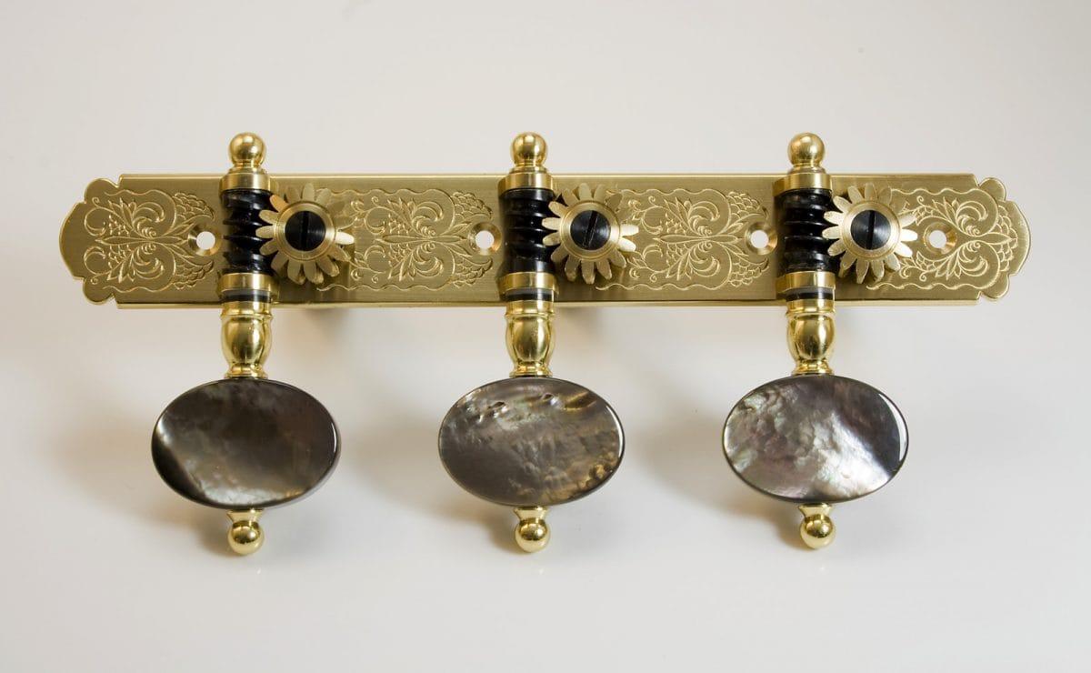 L266 Brass and Dark MoP