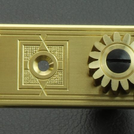 L668 Brass Dark MoP