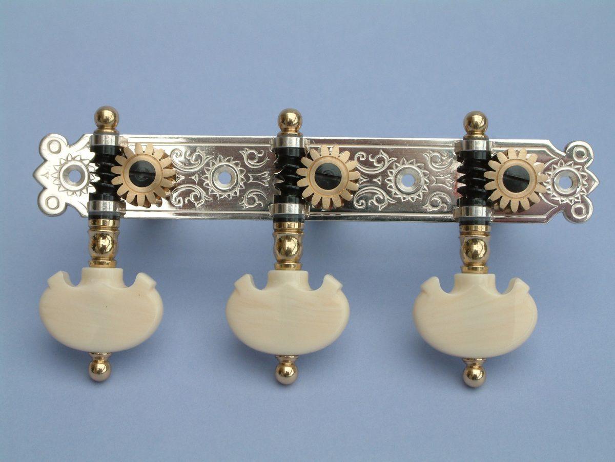 L634 Silver Trads