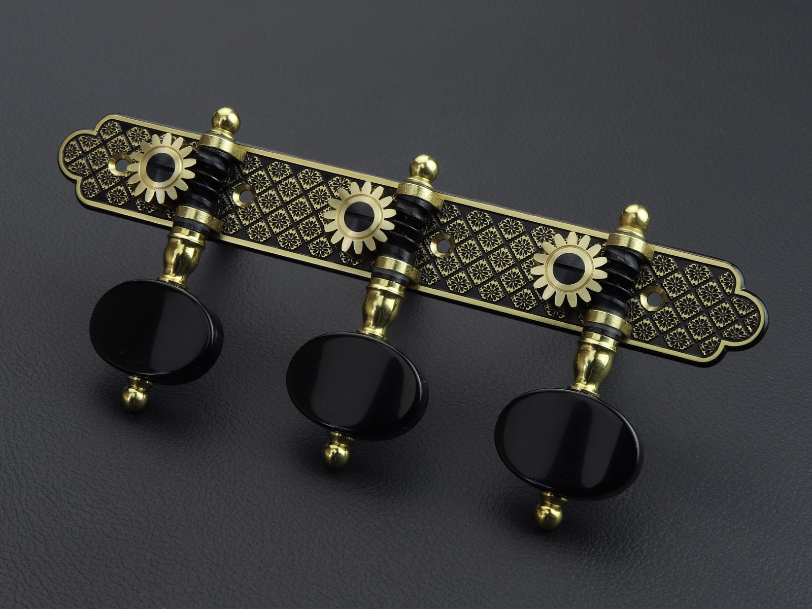 L709 Jet Blackened - Rodgers Tuning Machines